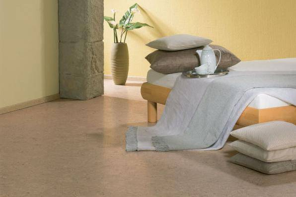Eco friendly bedroom floor