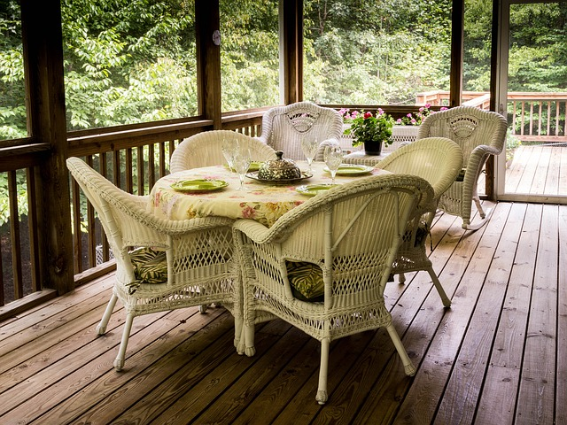 Traditional decking design